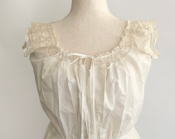 Antique Victorian Corset Cover Sleeveless Top Blouse Handmade Vintage Costume Natural White Cotton Lace Button Front XS