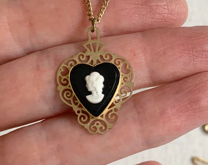 Delicate Cameo Heart Necklace Victorian Style Vintage Mid Century Costume Jewelry Gold Tone Black White