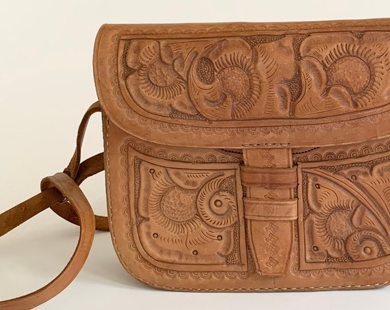 Floral Tooled Leather Purse Shoulder Bag Handbag Vintage 60s 70s Tan Brown Boho Western Interior Coin Purse