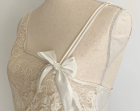 Victorias Secret Ivory Nightie Nightgown Slip Lingerie Vintage 90s Wedding Bridal Ivory White Cream Lace Size Small XS