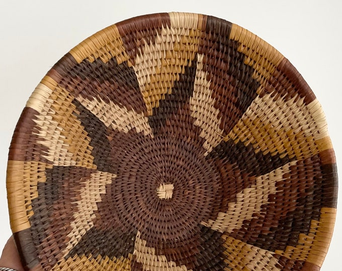 Southwest Basket Bowl Neutral Desert Tones Vintage Handwoven Starburst Weave Boho Home Decor Medium Size