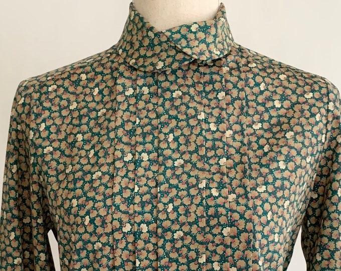 Floral Prairie Blouse Top High Neck Green Gold Pink Print Hidden Button Front Pleat Details Vintage 70s 80s Women's Shirts Size XS