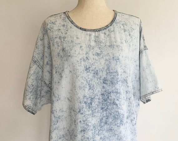 Acid Wash Denim Top Shirt Tunic Vintage Lightweight Fabric Scoop Neck Women's Size S M