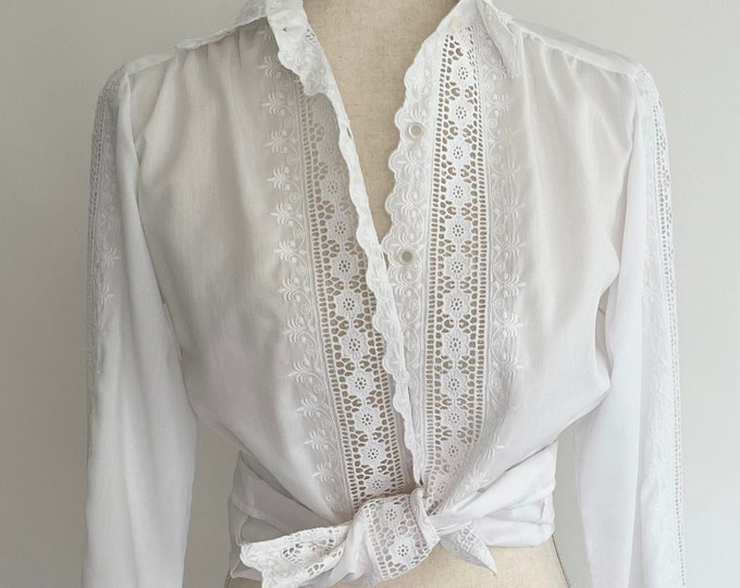 White Crochet Panel Shirt Vintage 70s Adelaar Long Sleeve Button Down Womens Spring Summer Shirt Folk Boho Peasant Size XS
