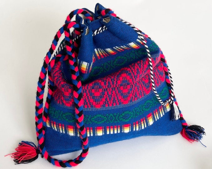 Slouchy Tribal Knit Crossbody Bag Purse Colorful Blue Red Weave Braided Strap Drawstring Closure Flax Linen Lining Boho Summer Festival