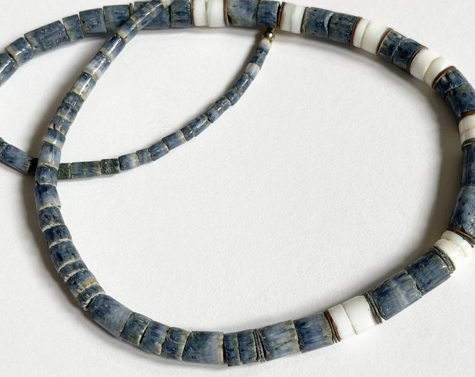 """Graduated Sodalite Shell Necklace Vintage White Shell Blue Stone Bead Beaded Mens Womens Necklaces 18"""""""