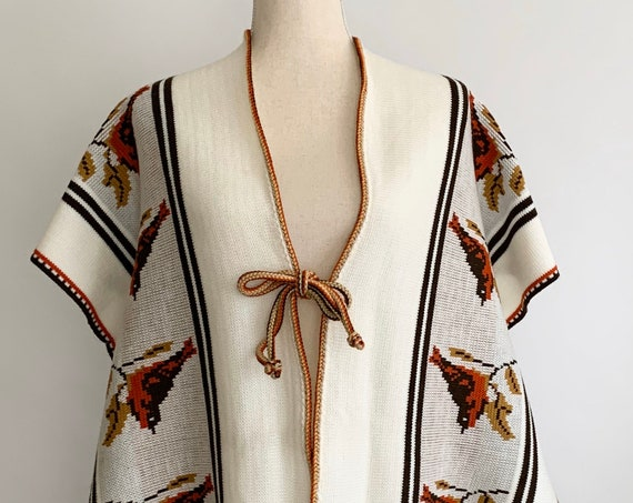 Mexican Tribal Sweater Poncho Vintage 70s Cream White Winter White Bird Knit Fringe Hem Southwest Hippie Folk Boho Made in Mexico