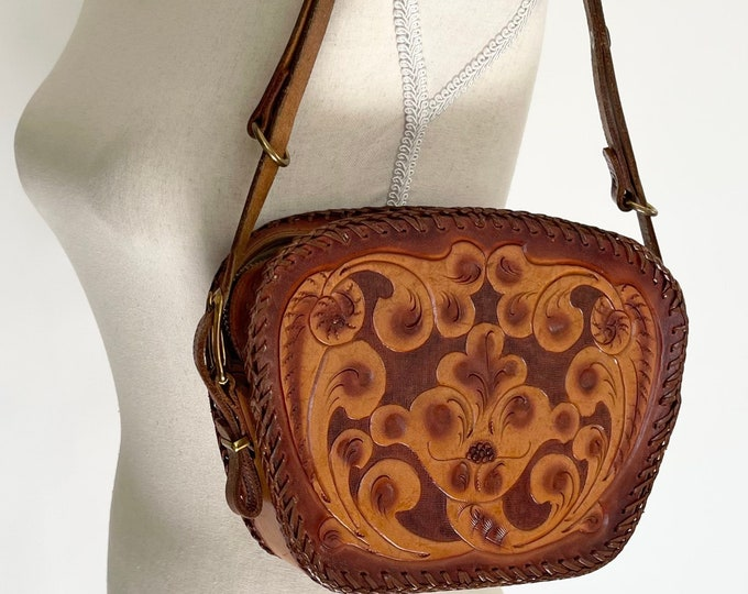 70s Tooled Leather Purse Bag Vintage Tan Brown Hand Tooled Floral Leather Small Girl Child Teen Size Stitched Details Edgest