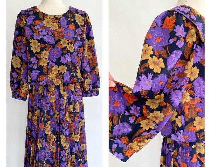 80s Floral Dress Pleated Skirt Billowy Top Vintage Shelly Michaels Made in Guatemala Purple Ochre Gold Orange Flowers Elastic Waist M