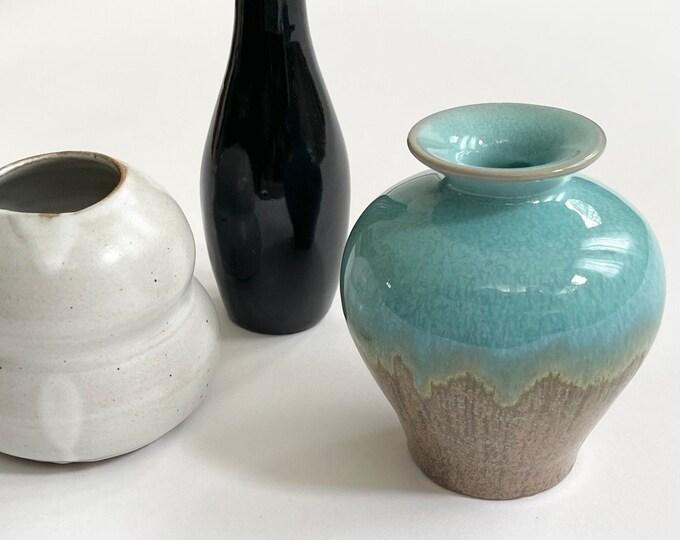 Ceramic Pottery Vase Lot of 3 Mid Century Mod Style Bud Vases Glazed Ceramics Small Size Speckled White Turquoise Aqua Black Glaze