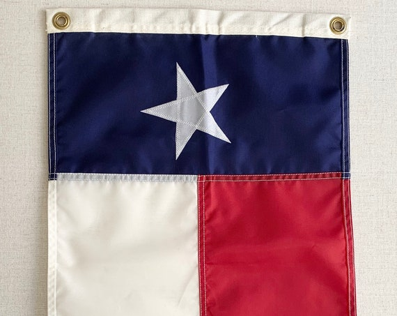 "Small Vintage Texas Flag Stitched Lone Star State USA American Wall Hanging Home Decor Red White Blue Canvas Edge 12"" x 18"""