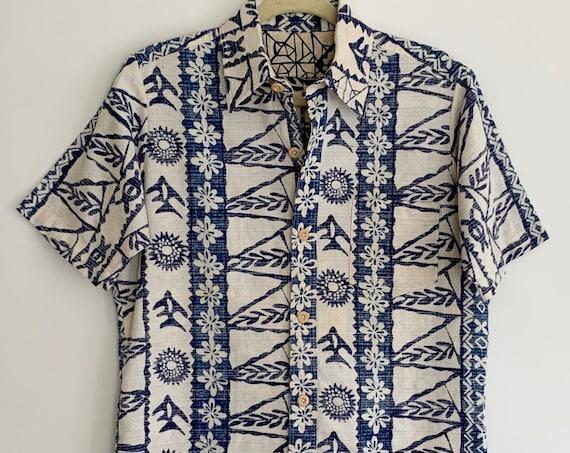Barkcloth Tiki Shirt Hawaiian Aloha Button Up Shirts Blue White Hawaii Island Tropical Floral Tapa Print Mens M