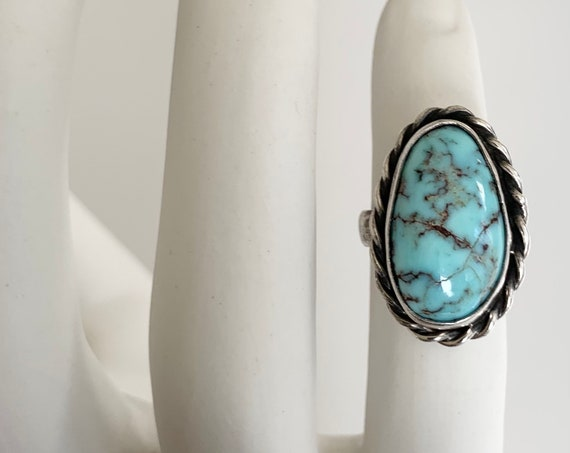 Robins Egg Turquoise Ring Vintage Native American Navajo Sterling Silver Twisted Rope Border Oval Stone Size 6.5