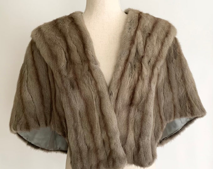 Soft Gray Fur Wrap Stole Vintage 50s A.F. Schwalbe Furs Toledo Grayish Brown Muskrat or Long Hair Mink Wedding Bridal Evening Cocktail