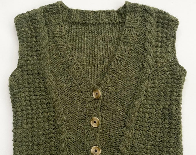 Cropped Hand Knit Sweater Vest 90s Grunge Style Vintage Cable Knit Short Length Heathered Army Green Wool Blend Button Front Women's XXS XS