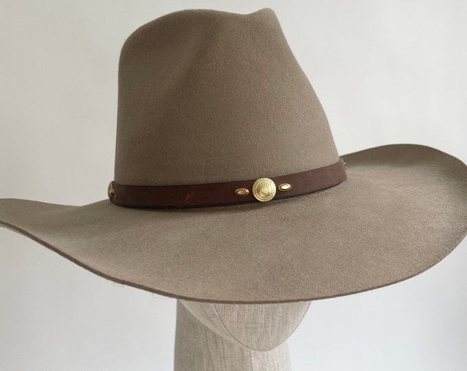 Eddy Bros Cowboy Hat Beige Taupe Brown Wool Leather Hat Band Gold Tone Concho Detail Tumbleweed Made in USA Western Hats Size 7