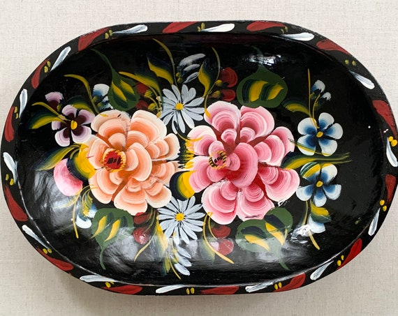 Lacquered Floral Wood Tray Shallow Bowl Trinket Serving Vintage Hand Painted Flowers Back Pink White Oval Shape Boho Home Decor
