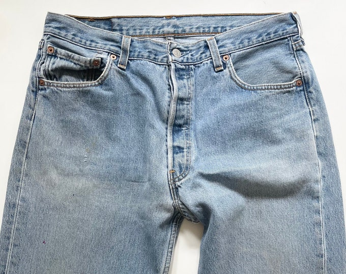 Vintage Levi's 501 Jeans Light Wash 80s All Cotton Denim Made in USA Soft Distressed Worn Mens Pants