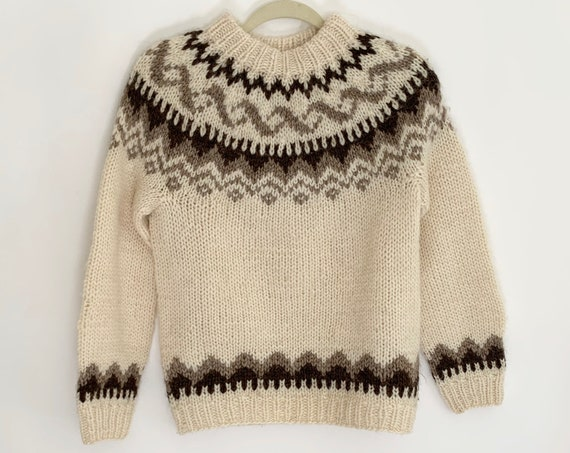 Icelandic Wool Sweater Vintage Hilda Ltd Made in Iceland Fair Isle Sweater Natural White Beige Brown Pure Wool Womens Sweaters XS S