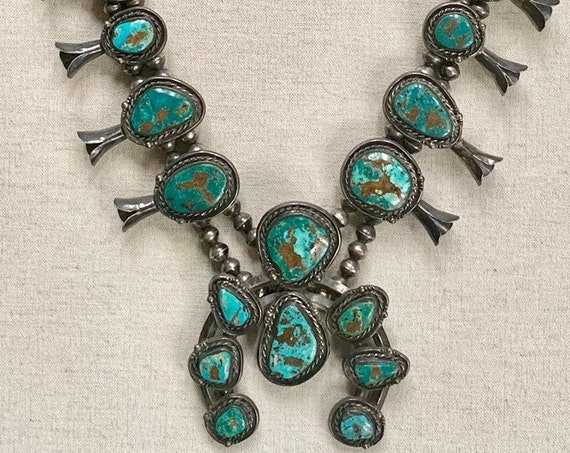 Stunning Turquoise Squash Blossom Vintage 60s 70s Native American Navajo Solid and Impeccably Crafted Heavy 272g