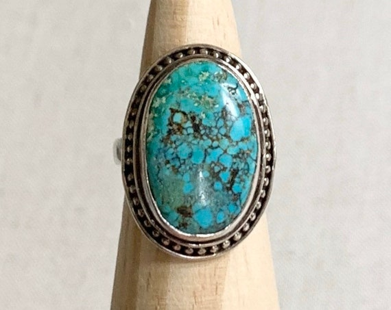 Vintage Turquoise Ring Sterling Silver Boho Jewelry Simple Minimalist Oval Stone Statement Ring Spiderweb Matrix Size 7