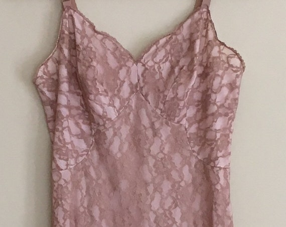Nude Lace Slip Dress Nightgown Nightie Vintage 60s Fully Lined Adjustable Straps Size XS