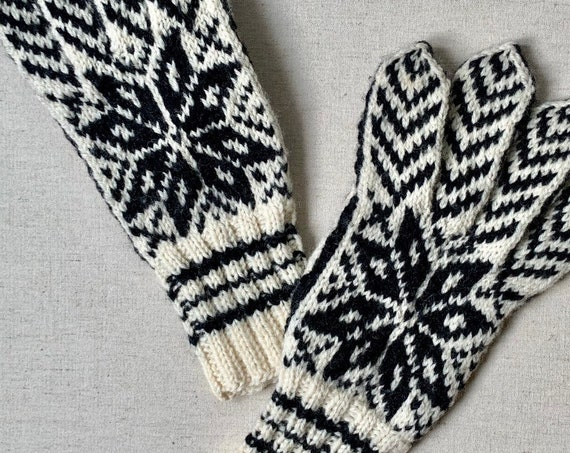 Knit Wool Gloves Mittens Vintage Handknit Black and Natural White Fall Winter Accessories Mens Womens Scandinavian Style