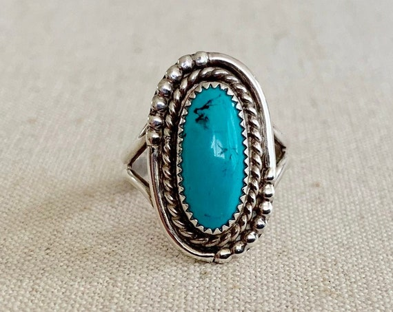 Navajo Turquoise Ring Sterling Silver Vintage Native American Twisted Rope Border Oval Stone Women's Jewelry Size 8