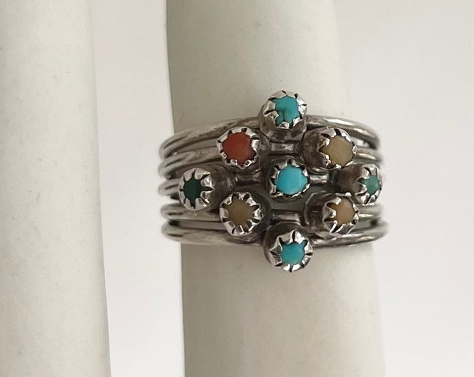 Delicate Zuni Turquoise Ring Multi Stone Red Coral Cluster Vintage Native American Sterling Silver Size 5.75