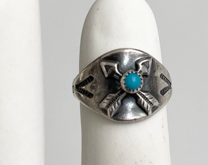 Crossed Arrows Turquoise Ring Band Vintage Fred Harvey Era Native American Navajo Double Crossed Arrows Pinkie Ring Size 4.5