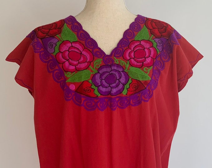 Red Cotton Mexican Dress Embroidered Floral Flower Embroidery Vintage 70s Summer Caftan Beach Cover Up Size S
