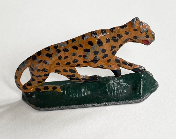 Small Antique Leopard Figurine Vintage Metal Hand Painted Circus Animal Cat Jaguar Tiger Knick Knacks Toy