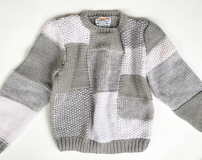 80s Hand Knit Sweater Made in Korea by Just Cristina Pale Gray and White Checkered Geometric Weave Boxy Cropped Fit Womens Sweaters XS