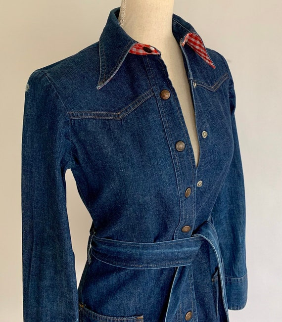 70s Levis Denim Dress Tunic Shirt Mini Dresses Vintage 70s Orange Label Tab Snap Front Indigo Blue Wash Red White Gingham Trim Size XS