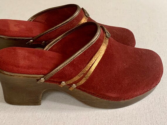 Italian Oxblood Suede Clogs Made in Italy Vintage Leather Women's Shoes Excellent Condition Size 7.5 8