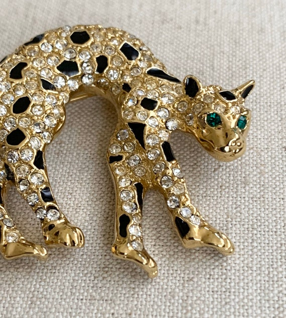 Jaguar Leopard Brooch Pin Vintage 80s Costume Jewelry Gold Tone Clear Black Rhinestone Crystals Emerald Green Eyes Cat Panther