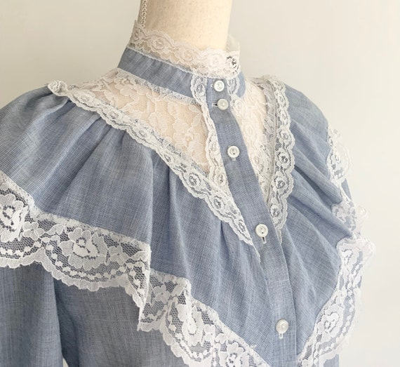70s Victorian Style Top Vintage California Connections Chambray Blue with White Lace Details and Trim High Neck Ruffles XS