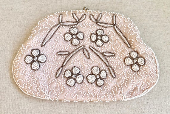 Ballet Pink Beaded Clutch Purse Made in Japan Vintage 50's Bags by Dormar Made in Japan Silver Cream Pearl Seed Beads Wedding Bridal
