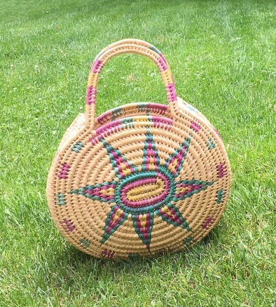 Big Round Straw Basket Bag Tote Large Size Top Handle Vintage 70s Basket Hand Woven Beige Magenta Turquoise Boho Home Decor