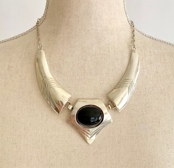 Sterling Silver Onyx Necklace Vintage Native American Artist Signed SB Big Glossy Black Onyx Stone Minimalist 65g