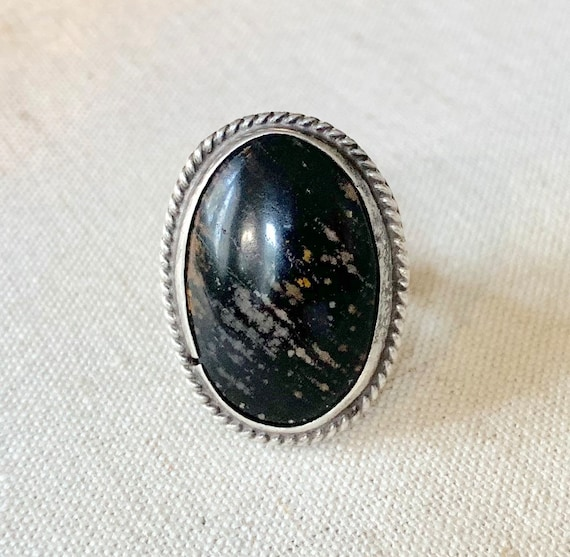 Handsome Petrified Wood Ring Vintage Native American Navajo Sterling Silver Split Shank Band Size 7