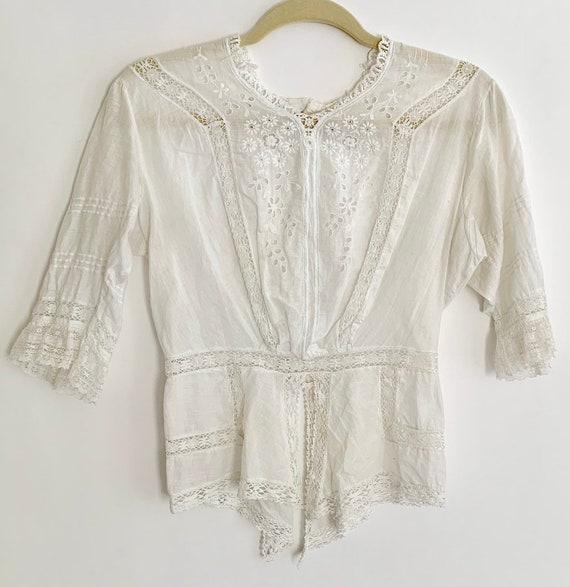 Antique Victorian Blouse Handmade Vintage Costume White Cotton Lace Floral Embroidery Button Back XXS XS