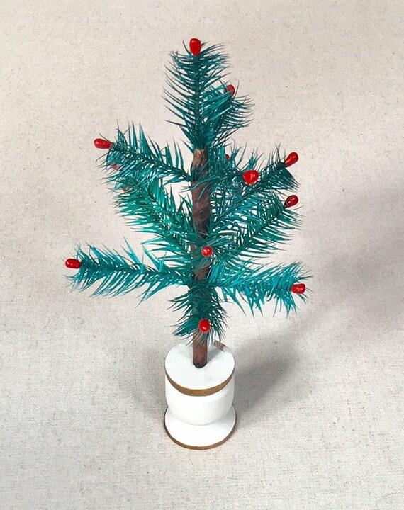 Christmas Tree Bottle Brush Feather Style Vintage Christmas Holiday Decor Christmas Tree with Wood Base