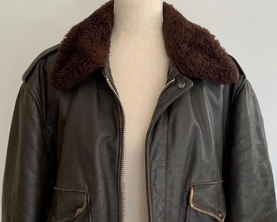 Schott Men's Leather Jacket Flight Airforce Motorcycle Vintage Distressed Dark Brown Furry Collar Interior Lining L 48