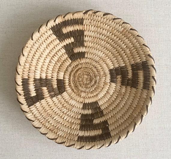 Papago Tohono O'Odham Basket Tray Basket Tray Bowl Vintage Native American Handmade Small Round Circle