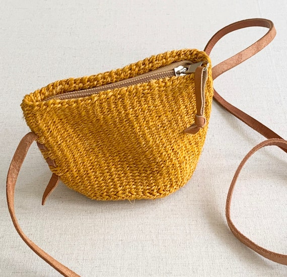 Tiny Sisal Purse Bag Leather Strap Yellow Gold Ochre Woven Straw Small Petite Size Zip Top Excellent Condition