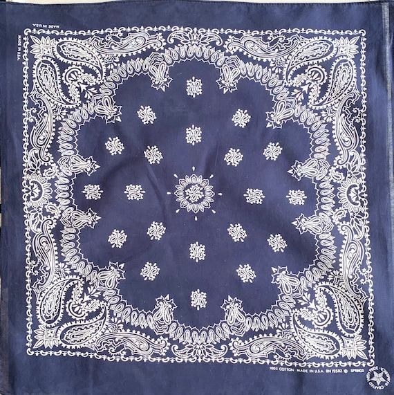 Lightweight Navy Blue Bandana Vintage 80s Indigo Floral Paisley Print Made in USA All Cotton RN 15582