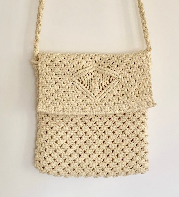Natural White Macrame Purse Crossbody Vintage Immaculate Interior Lining Boho Bohemian Beach Summer Bag
