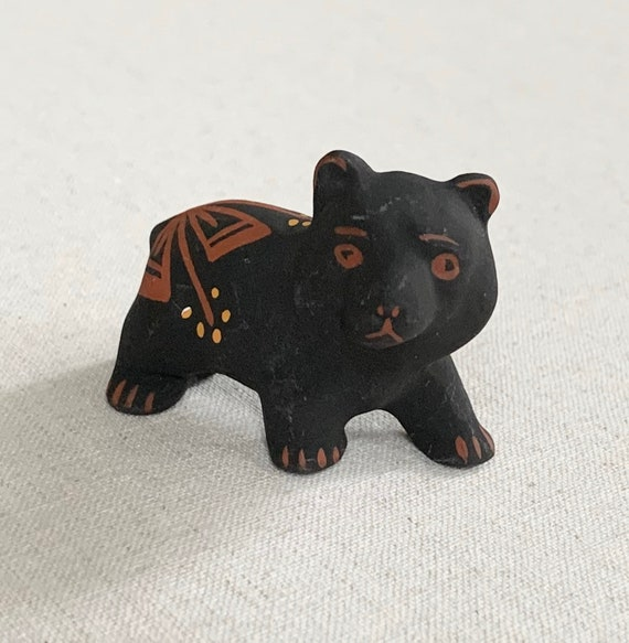 Acoma Pottery Bear Figurine Fetish Handmade Handpainted New Mexico Fine Art Folk Art Small Size Black Red Yellow Artist Signed