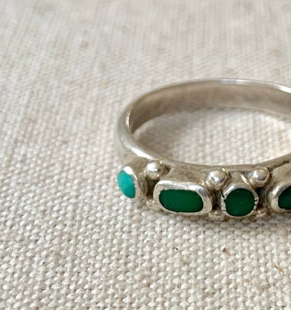 Old Zuni Turquoise Ring Band Vintage Native American Sterling Silver Flush Petit Point Inlay Stackable Size 7